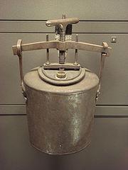 Le Digesteur, ancêtre du cuiseur vapeur.